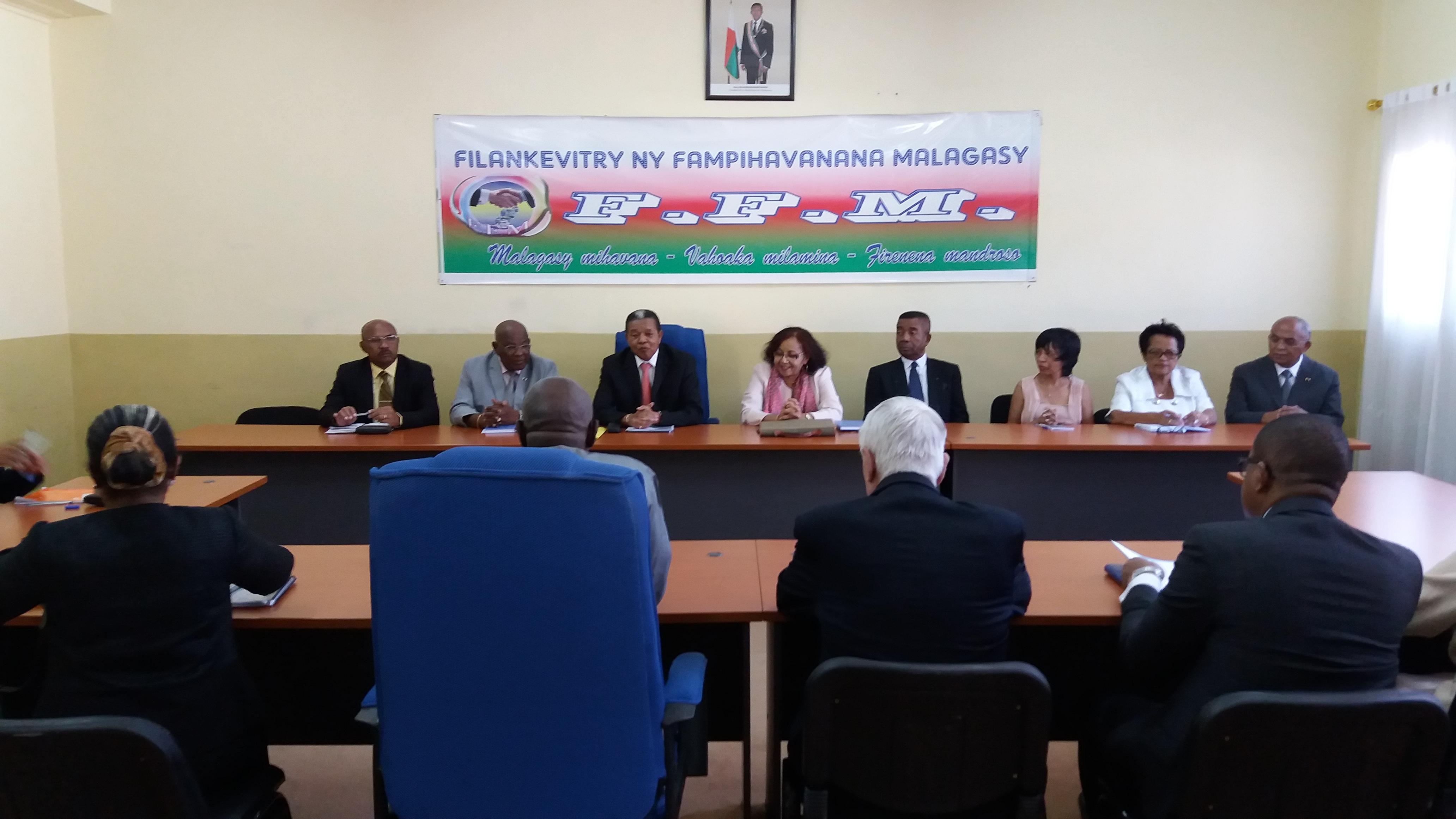 Visite de courtoisie de l'expert en organisation d'élection de l'Organisation Internationale de la Francophonie au Président du CFM (16 Avril 2018)