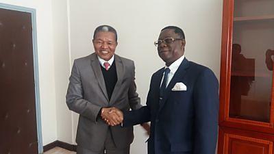 Visite de Courtoisie de Theodor HOLO, ancien président de la Haute Cour de Justice de la République de Bénin au Président du CFM (Ampefiloha 25 Juillet 2018)